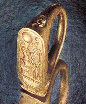 The cartouche hieroglyph also appears in many decorative contexts such as the finger ring. In these example the cartouche often encircles small representations of a solar-related deity or the king himself rather than his name. Ancient Egypt