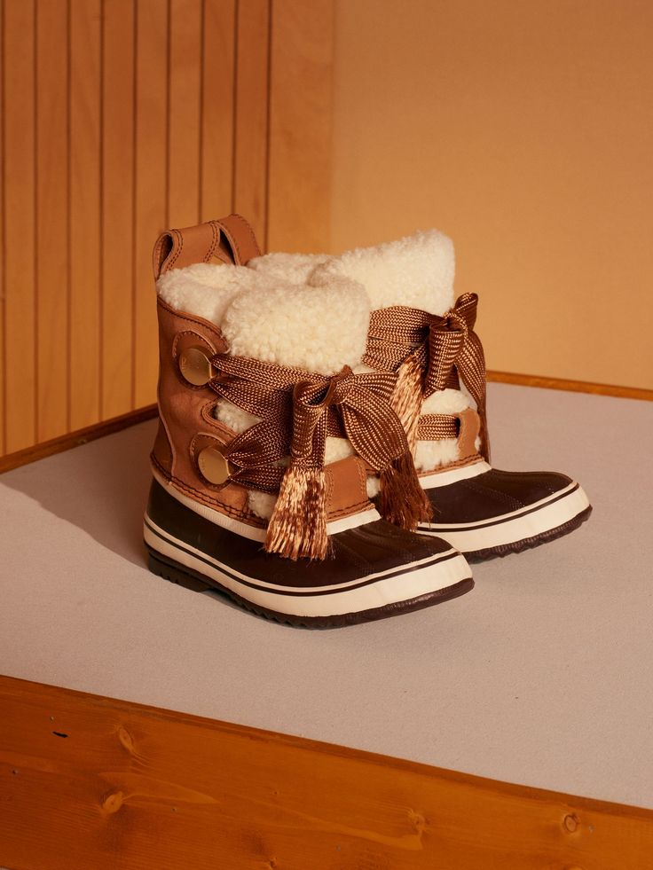 Discover Chloe Sorel X Chloé Winter Boot and shop online on CHLOE Official Website.