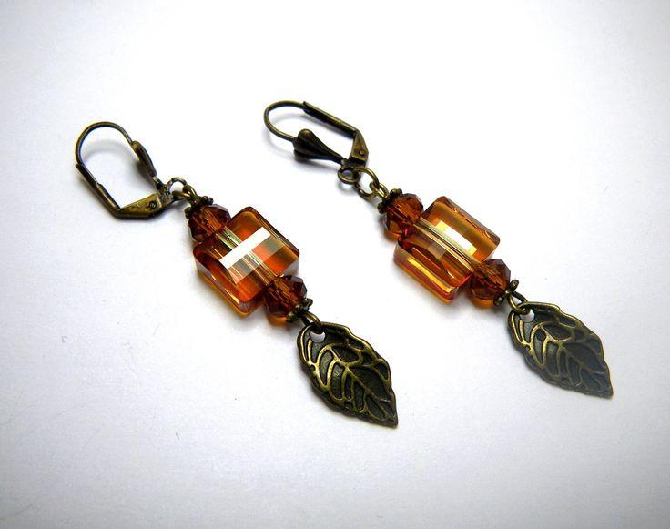 Boucles d'oreilles en perle de cristal Swarovski « Fiona » par Boutique Astrallia : Boucles d'oreille par boutique-astrallia