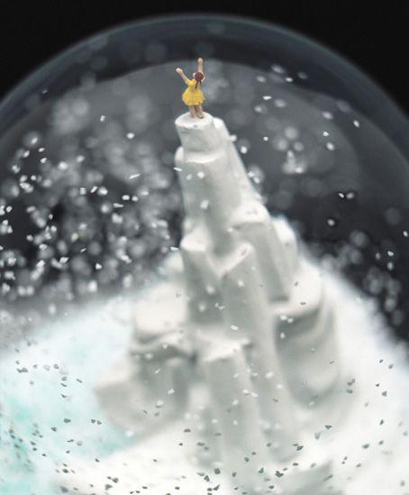 De l'art, de la neige… mais surtout des boules !   Le Blog du Kitsch