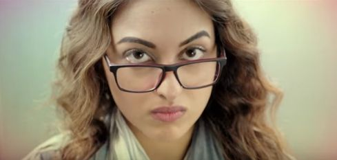 Gulabi 2.0 Lyrics (Noor 2017) - Tulsi Kumar, Yash Narvekar, Amaal Mallik Full Song HD Video | Song Lyrics India