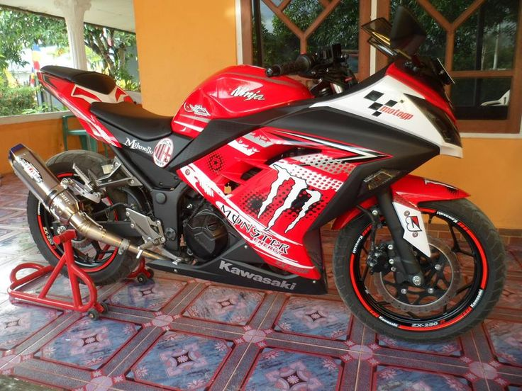 Sticker Motor Sorong Kawasaki Ninja #TribalGraphics #CuttingSticker #3DCuttingSticker #Decals #Vinyls  #Stripping #StickerMobil #StickerMotor #StickerTruck #Wraps  #AcrilycSign #NeonBoxAcrilyc #ModifikasiMobil #ModifikasiMotor #StickerModifikasi  #Transad #Aimas #KabSorong #PapuaBarat