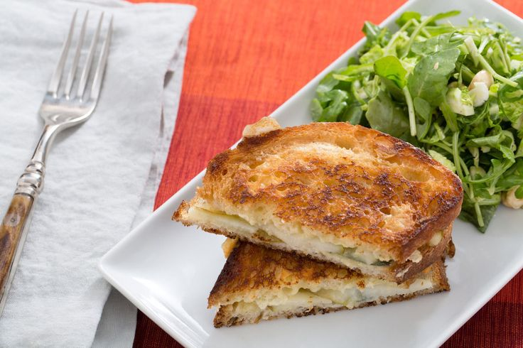 This was SO good! Brie & Pear Grilled Cheese Sandwiches with Brussels Sprout, Arugula & Hazelnut Salad