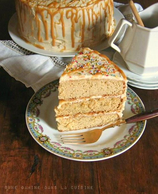 Antique Caramel Cake from @Valerie » une gamine: Layered Cakes, Cream Cheese Frostings, Antiques Caramel, Sweet Treats, Caramel Cream, Eating Cakes, Caramel Layered, Caramel Cakes, Antique Caramel