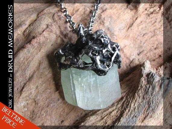 Green calcite pendant Solamorette  druids