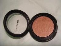MAC Margin Blush