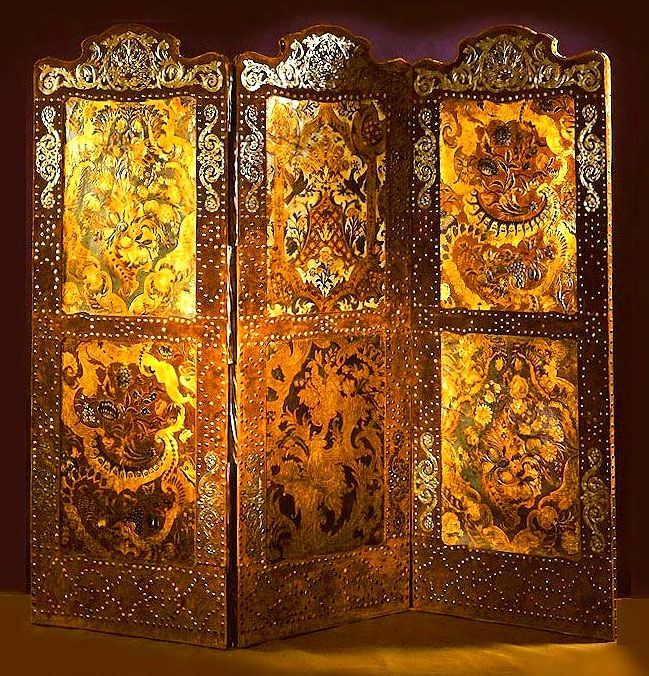 Palacio Güell, Large screen of velvet, wood, cordoban and studs, designed by Antoni Gaudi and crafted by Francisco Vidal