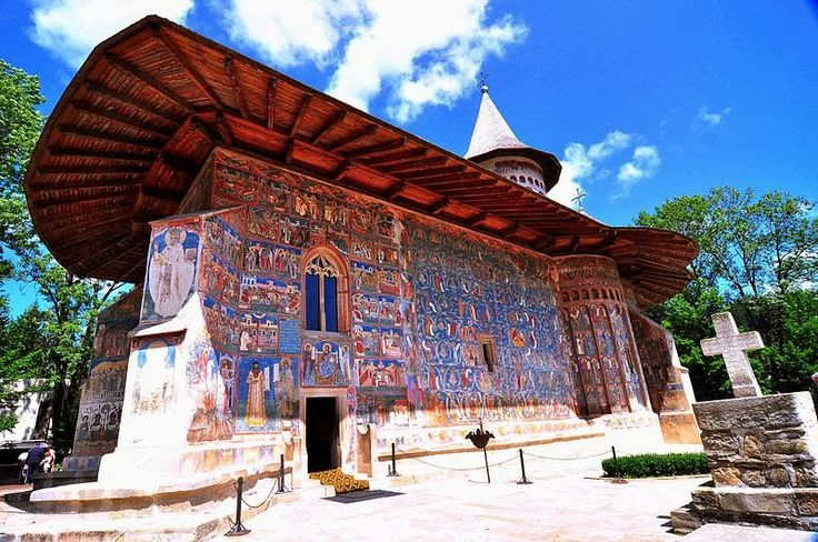 Basic things to do in Suceava and Bucovina ~ Romania Tours. The church from Voronet is simply fantastic, check it out!