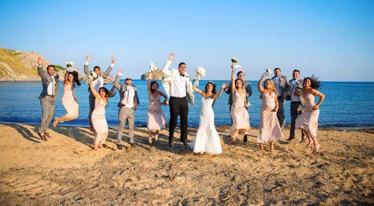 Τα Ksktimata σας έχουν μία ξεχωριστή πρόταση για την ημέρα του γάμου σας.  Εμπνευσμένο από τους έρωτες Θεών, ποιητών και ηρώων, το Weddingsinparos.com σας υπόσχεται το πιο ονειρεμένο σενάριο της ζωής σας.  Επιλέξτε την Πάρο ή την Αντίπαρο, για την τέλεση του γάμου και της δεξίωσης σας και ζήστε έναν αξέχαστο γάμο που θα εντυπωσιάσει εσάς και τους καλεσμένους σας.