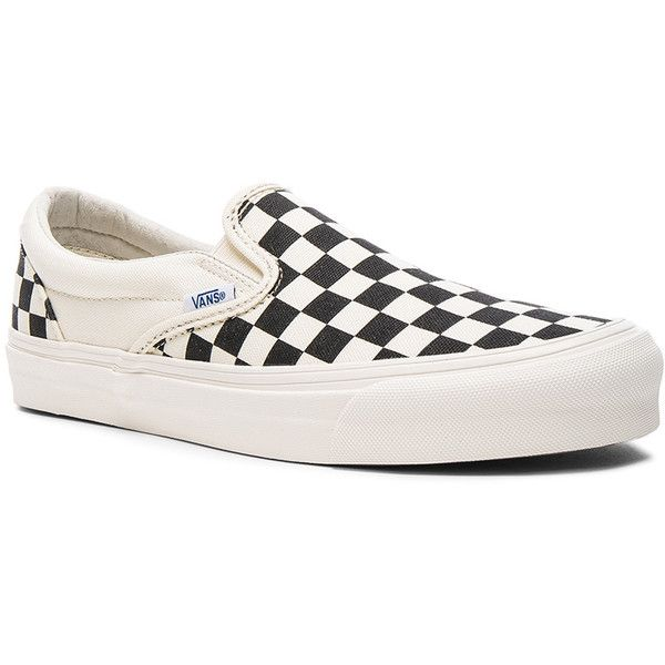 Vans Vault OG Classic Canvas Slip On LX (1,105 MXN) ❤ liked on Polyvore featuring men's fashion, men's shoes, men's sneakers, sneakers, mens rubber sole shoes, mens canvas slip on sneakers, mens canvas sneakers, mens canvas shoes and mens slipon shoes