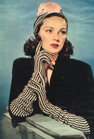 Stumbled upon this studio shot of Gene Tierney from the 40's.  Black and white striped gloves, gah!!!