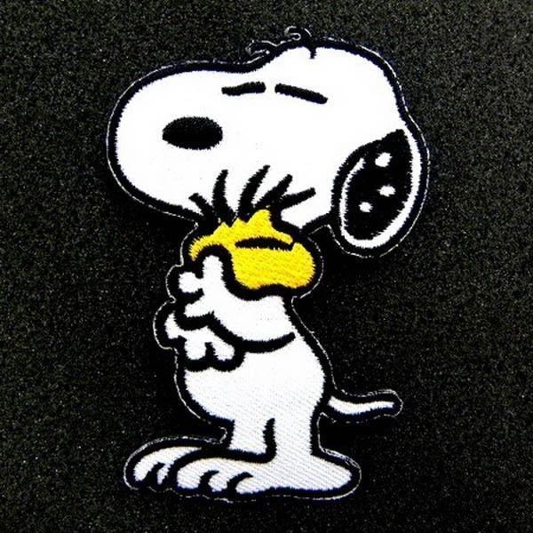 Snoopy Cartoon 2.4 x3.4  Iron On Patch Sewing Emblem Motif DIY Appliques I0429