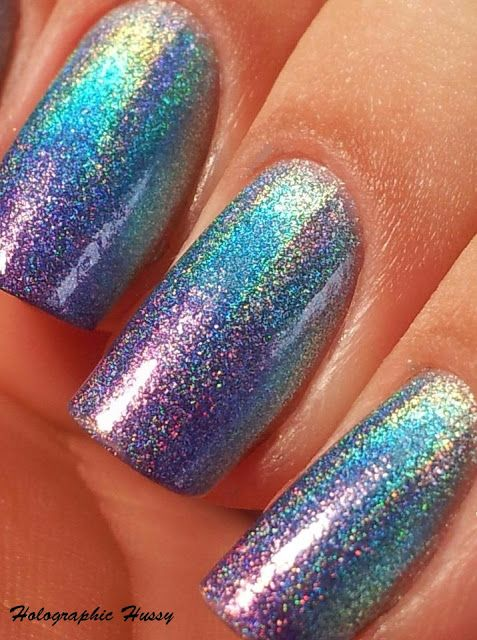 Holographic Hussy: Jade Holographic Gradient Manicure