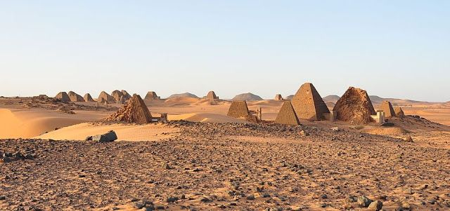 Πυρφόρος Έλλην: Στο Σουδάν υπάρχουν περισσότερες αρχαίες πυραμίδες...