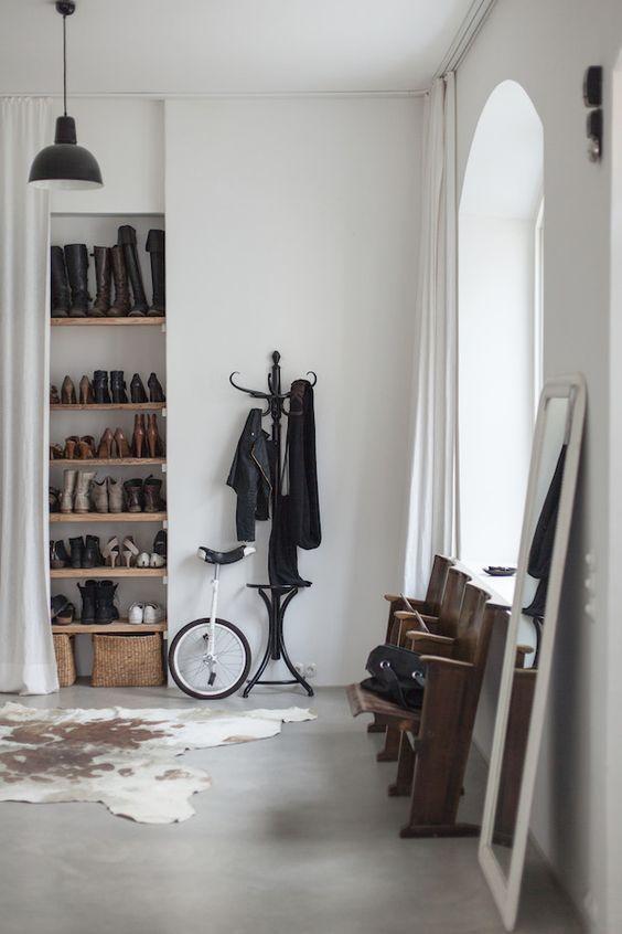 Unique entryway