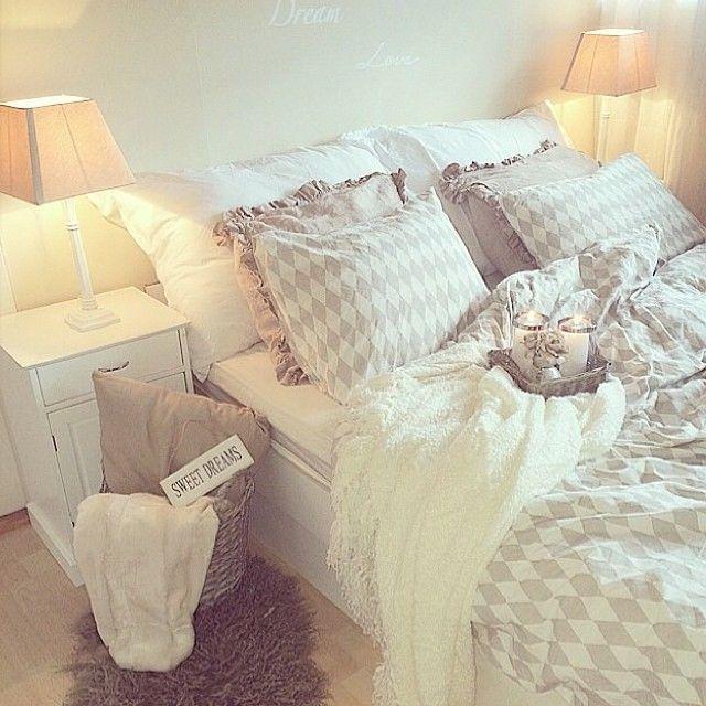 Slaapkamer Ideeen Taupe : Slaapkamer taupe bedroom gezellige ...