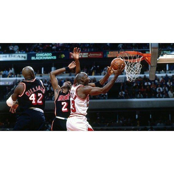 MJ averaged 45/10/7 on 60% Shooting against the Mami Heat in the 1992 playoffs. #repre23nt #airjordan #michaeljordan #jordan