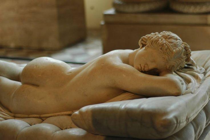 Ermafrodito dormiente, II sec. d.C, Louvre Museum.
