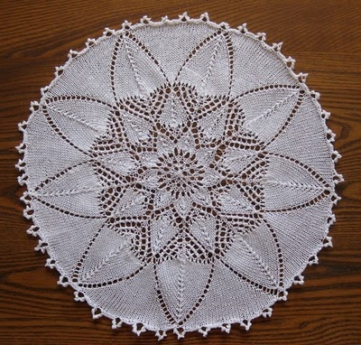 17 Best images about Knit Doily on Pinterest Free pattern, Lace and Spirals