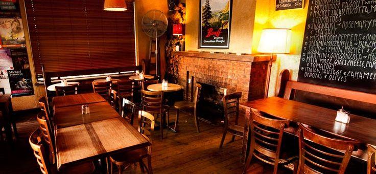 The Banff St Kilda :: Pizza & Pasta :: Breakfast :: Open 7 Days
