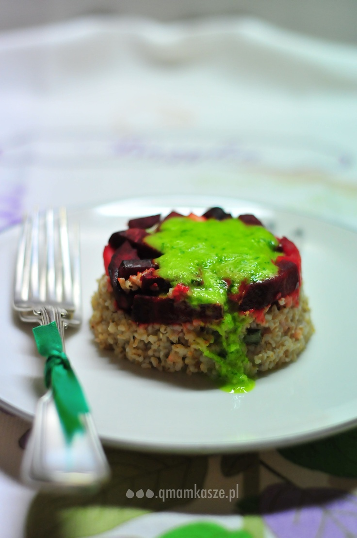 barley, beetroot & pear sauce
