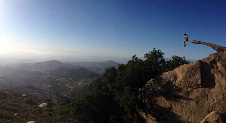 Top 5 Off Beat LA Hikes , Potato Chip rock, bridge to nowhere, Leo Carillo State beach