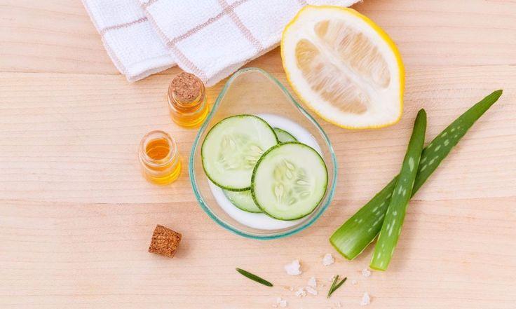 Maschere viso fai da te: le 5 migliori per ogni Tipo di Pelle - http://www.beautydea.it/maschere-viso-fai-da-te-migliori-tipo-pelle/ - Argilla purificante, banana nutriente e zafferano illuminante: scopri come usare questi ingredienti per creare maschere di bellezza naturali!