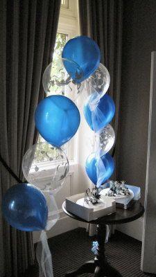 Love clear balloons!