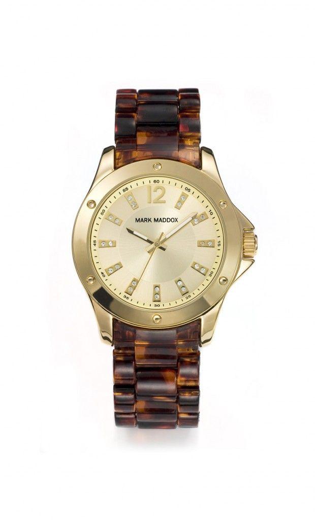 Si te gustan los accesorios en Carey nuestro Mark Maddox lo querrás tener! Reloj tres agujas brazalete con acabado carey y cierre desplegable. Bisel con acabado IP Rosa. Cristal mineral e impermeable 30m (3ATM).