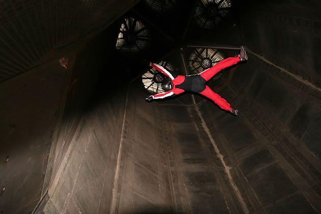 FAQs | Indoor Skydiving Los Angeles, Indoor Skydiving San Diego