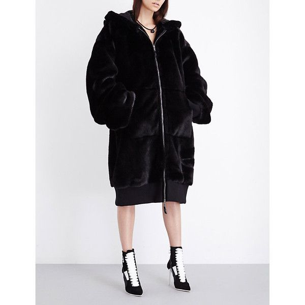 Fenty X Puma Fenty x puma faux fur bomber coat ($1,585) ❤ liked on Polyvore featuring outerwear, coats, zip coat, bomber coats, hooded coat, fake fur coat and pattern coat