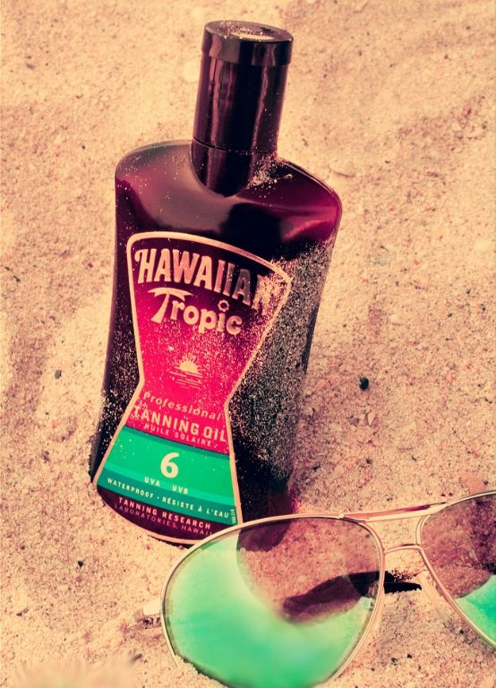 The best tanning oil ever <3 Check out YouQueen.com for top 5 tanning products ever.