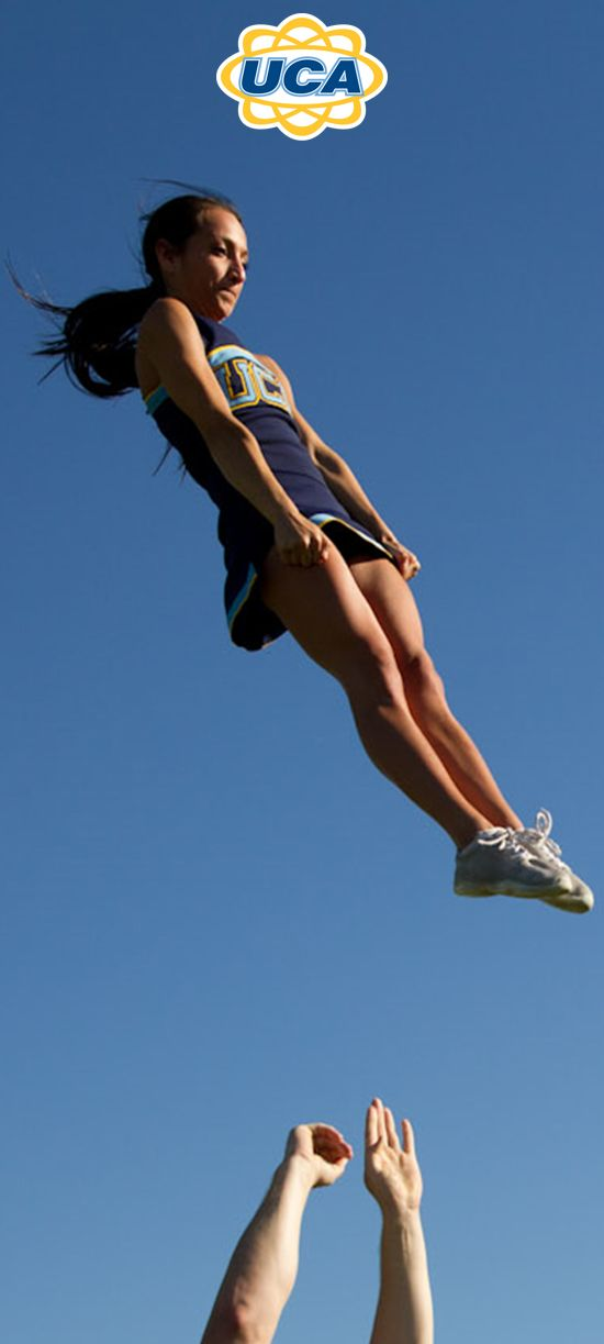 Cheerleading Moves & Cheers for Beginners | Livestrong.com