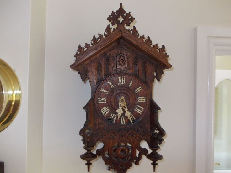 Antique Victorian Cuckoo Clock (c1890)...and fully functional