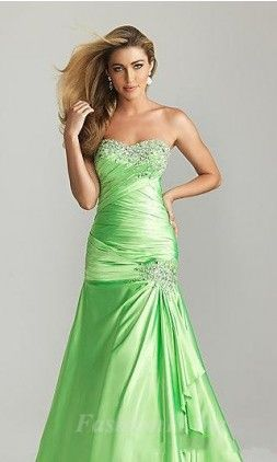 Surprisingly, I really like the green dress. But I doubt it'd look wonderful with my skin tone.