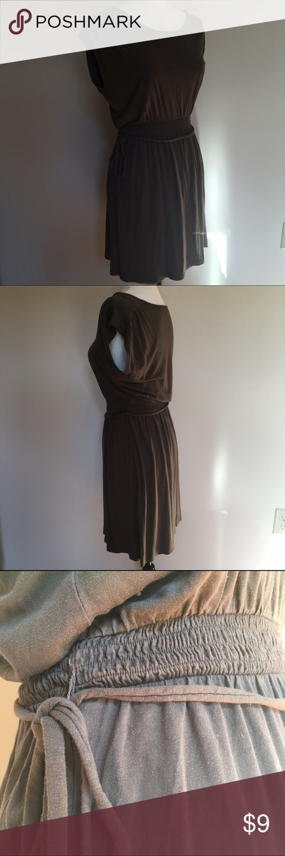 LOFT Minimalist Olive Green Dress Minimalist and chic. This dress from Anne Taylor LOFT is versatile for many occasions. 70%Rayon, 30% Tencel Lyocell. Great condition.                                                                                                                                                                                📦Save on shipping when you bundle!                                      🎉 30% off bundles of 2 or more…