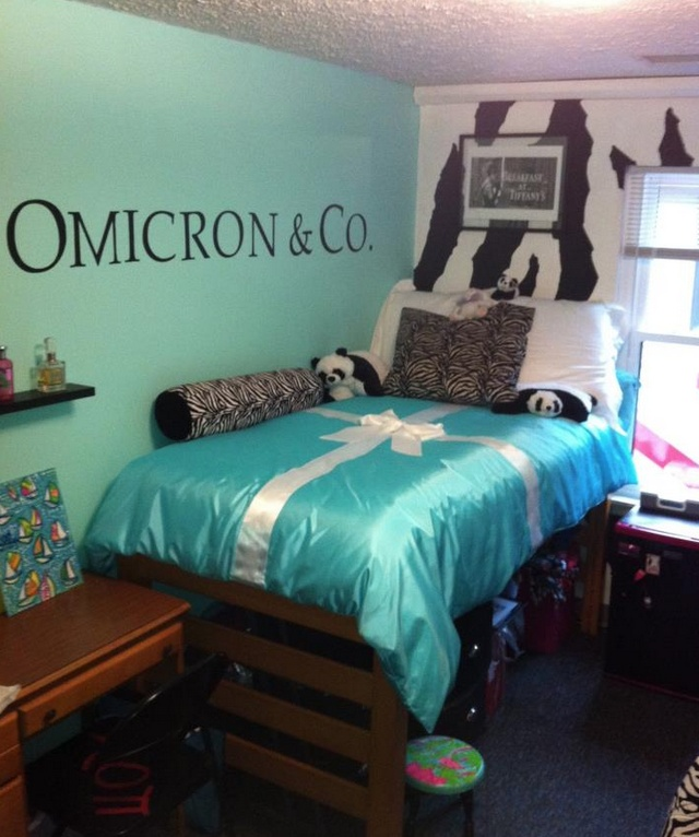 An Alpha Xi Tiffany Inspired Room, Yes Please Part 79