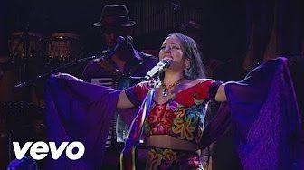 lila downs cucurrucucu paloma - YouTube