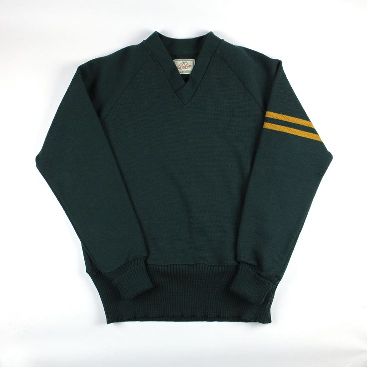 Dehen 1920 Varsity V-Neck (Green/Old Gold)
