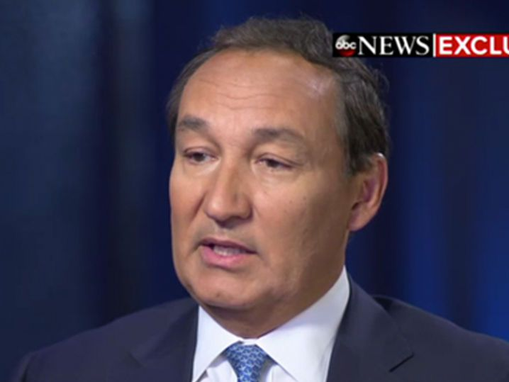 United Airlines CEO Statement Vows Cops Will Never Remove a Booked Passenger Again (VIDEO)