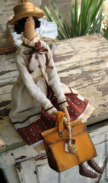 Куклы Тильды ручной работы. Ярмарка Мастеров - ручная работа кукла тильда ручной работы Барышня с саквояжем. Handmade.