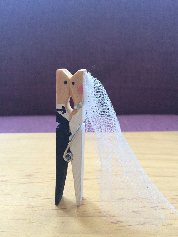 Cuteness overload 10 Kissing Wedding Clothes Pins