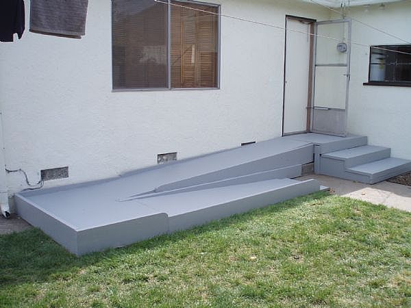 17 best ideas about wheelchair ramp on pinterest for Handicap stairs plans