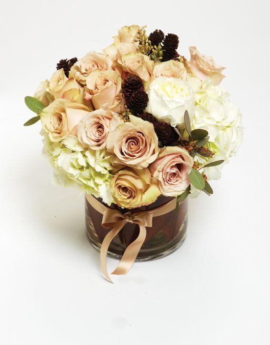 pistil-flowers-floral-centerpiece