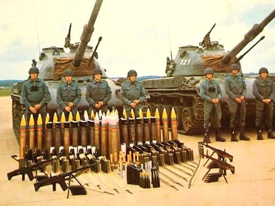 A pair of prototype Panzer 58 tanks with their crew and munitions.