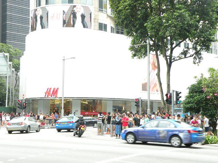 #Singapore #HeM