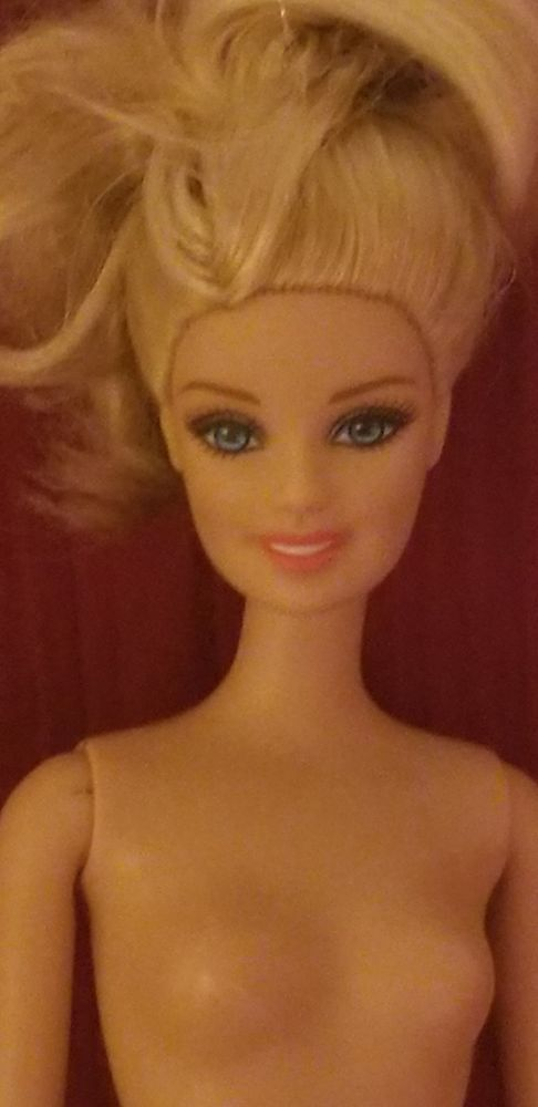 Opinion A real nude blond barbie congratulate