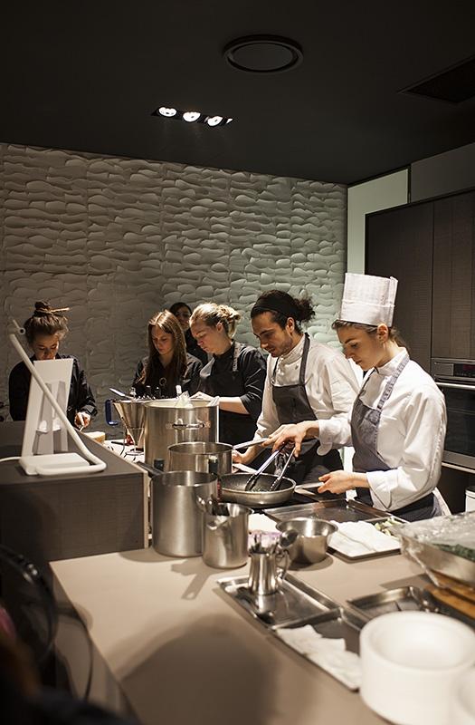 #Fuorisalone 2013 #Milan, #Food & #Design - #Cesar #flagship #store