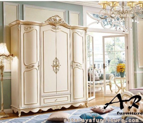 Lemari Pakaian 4 Pintu Classic Design Duco Furniture