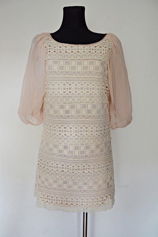 Jasna sukienka koronkowa z rękawami M